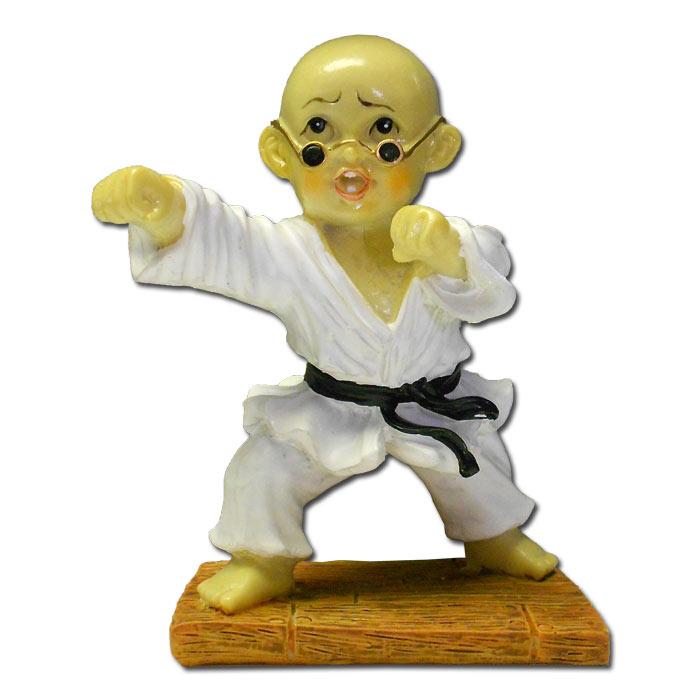 striking kung fu monk martial arts resin statues resin shaolin monk figurine. Black Bedroom Furniture Sets. Home Design Ideas
