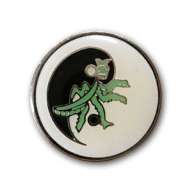 Praying Mantis Kung Fu Lapel Pin